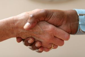 1097209_shaking_hands.jpg