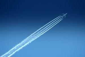1235165_plane.jpg