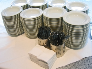 1339588_catering_-_soup_plates.jpg
