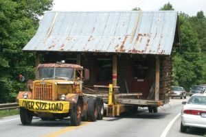 221838_house_on_wheels_taken_too_li.jpg