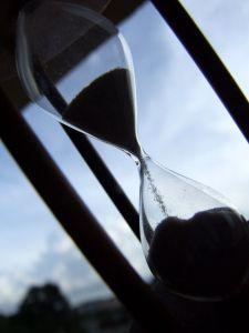 708452_hourglass_4.jpg