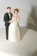 wedding%20figurines.jpg